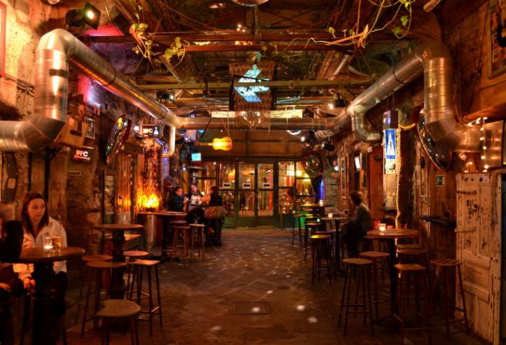 Szimpla Kert Bar